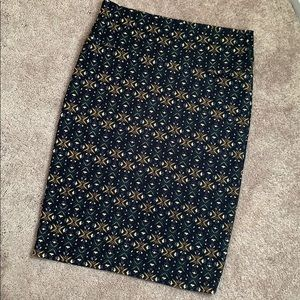 Medium Lularoe Cassie